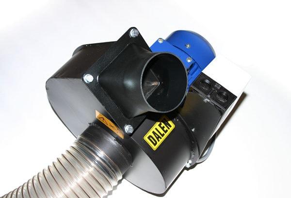 Få et ryddigere og renere arbeidsmiljø med Sponavsug 2041. Sponviften transporterer sponen vekk fra vedmaskinen din og reduserer mengden sagstøv i luften.