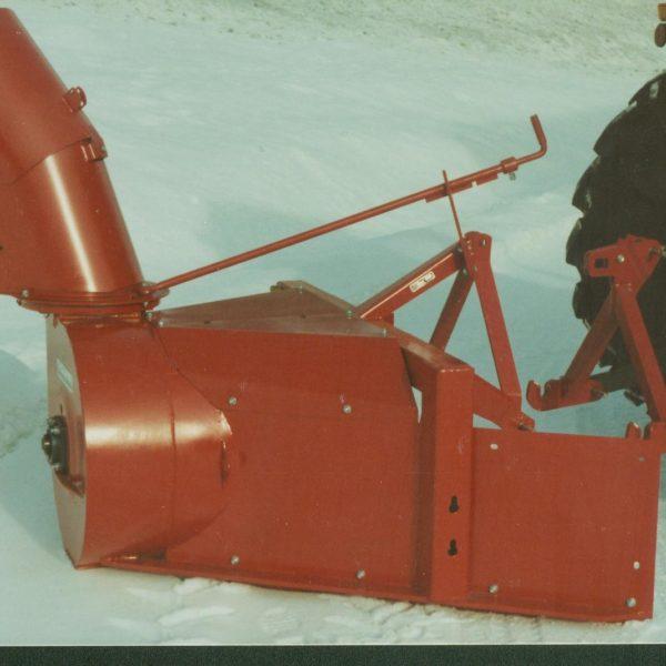 Legendariske 0278: Sesongen etter var en ny tut klar til levering og modell 0278 så dagens lys. Dette er en av de mest solgte snøfres-modellene i Skandinavia. Siste fres forlot fabrikken i 2005.