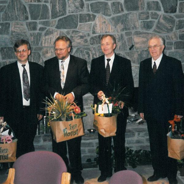 50 år: Jubileet ble også feiret sammen med bedriftens ansatte. Fra venstre: Dag Rune, Olav, Geir og Samson Lid.