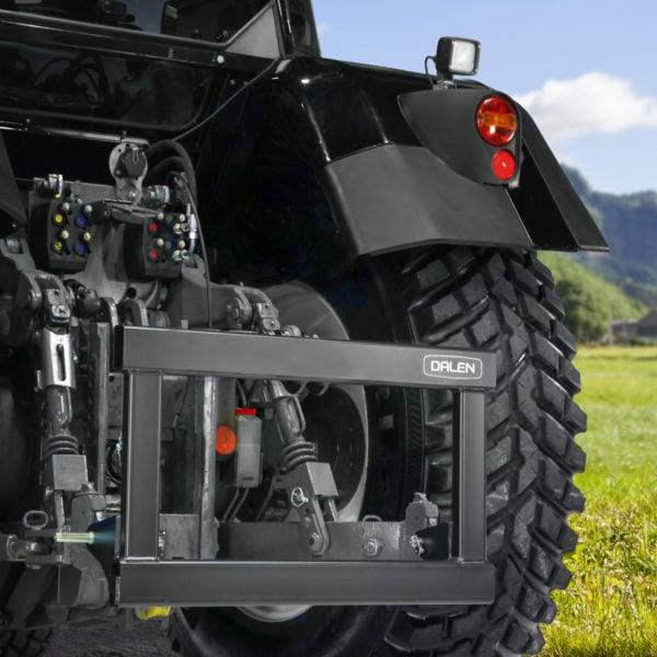 Koplingsramme 1294 kopler mange Dalen-redskaper til traktoren