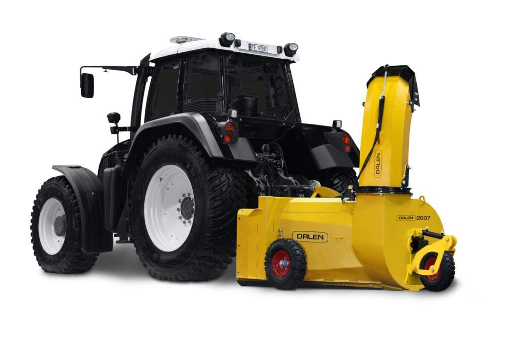 Har du stor traktor, men liten tid? Møt Dalen 2007 – en proff v-fres for alle snøforhold som gir deg tid til overs!