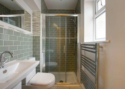 Bedroom #1 en-suite at 12 Atlantic Close, Widemouth Bay