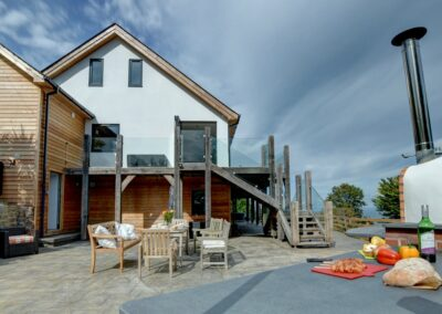 The outdoor kitchen & alfresco dining area at Seaglass, Watermouth