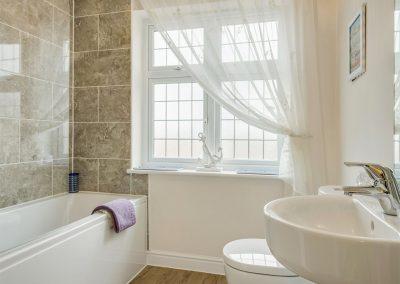 The bathroom at Woodside, Bideford