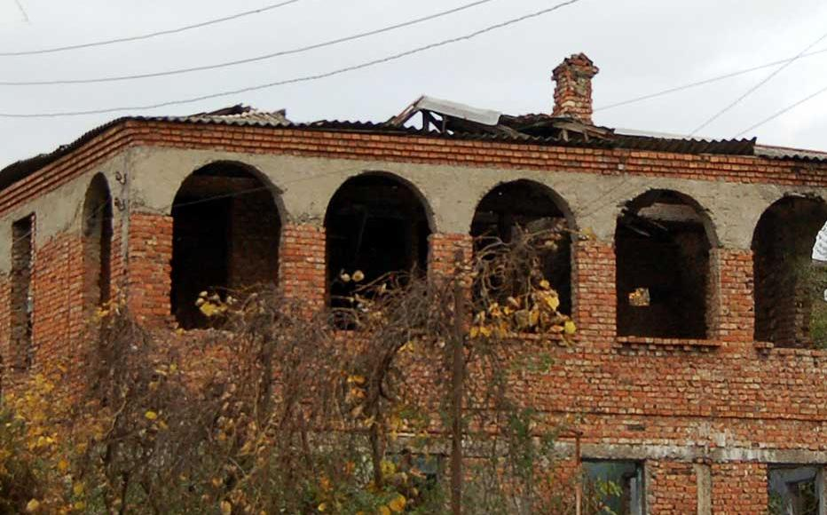 Abandoned homes in Sokhumi left behind by Georgians who fled during the war.