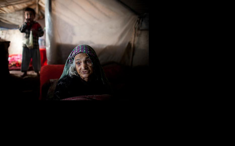 Families displaced by conflict are forced to live in tents. (Photo: Majid Saeedi/Getty Images)