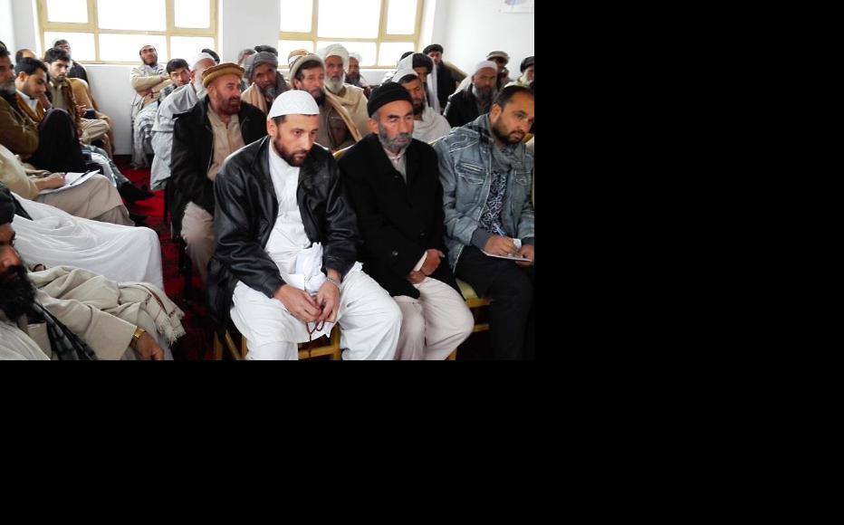 IWPR debate in Kabul province, November 2015. (Photo: IWPR)