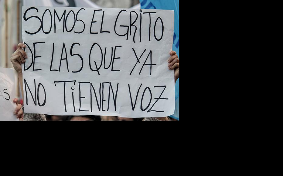 """""""We are the shout of the women who don't have a voice anymore."""" During a feminist protest in Buenos Aires. (Photo: Wikimedia Commons)"""