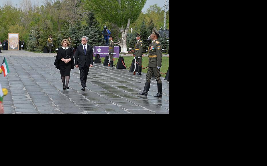 President Serzh Sargsyan and first lady Rita Sargsyan at the Armenian Genocide Day ceremony, April 24, 2015. (Photo: Armenian president's website)