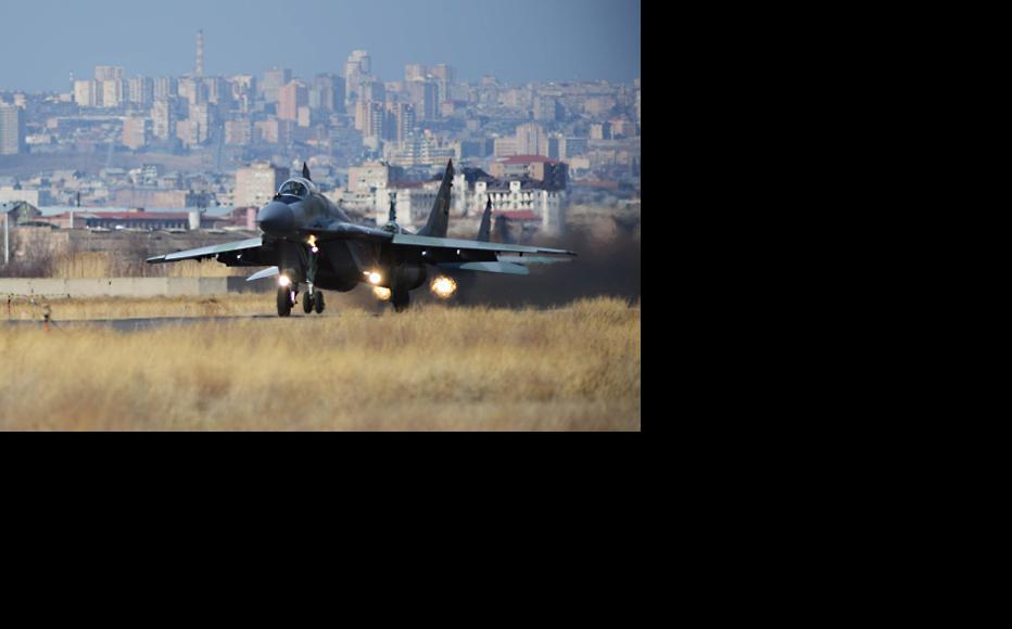 Russian military aircraft lands at Erebuni Airport, Yerevan. (Photo: Photolure Agency)