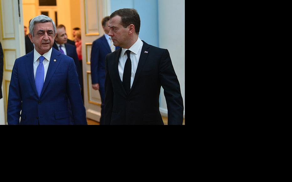 Russian Prime Minister Dmitri Medvedev met with President Serzh Sargsyan on 7 April. (Photo: RA President's official website)