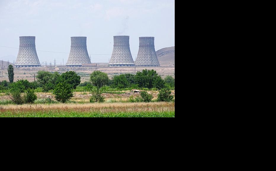 Cooling towers of Metsamor nuclear power plant, Armenia. (Photo: Adam Jones/Flickr)