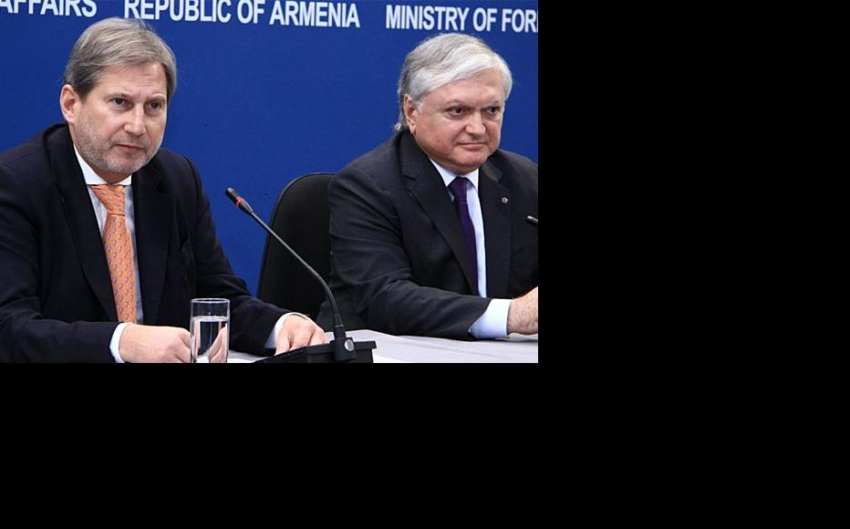 Press conference with Armenian foreign minister Edward Nalbandian (right) and EU neighbourhood policy commissioner Johannes Hahn. Yerevan, March 18. (Photo: Photolur agency)
