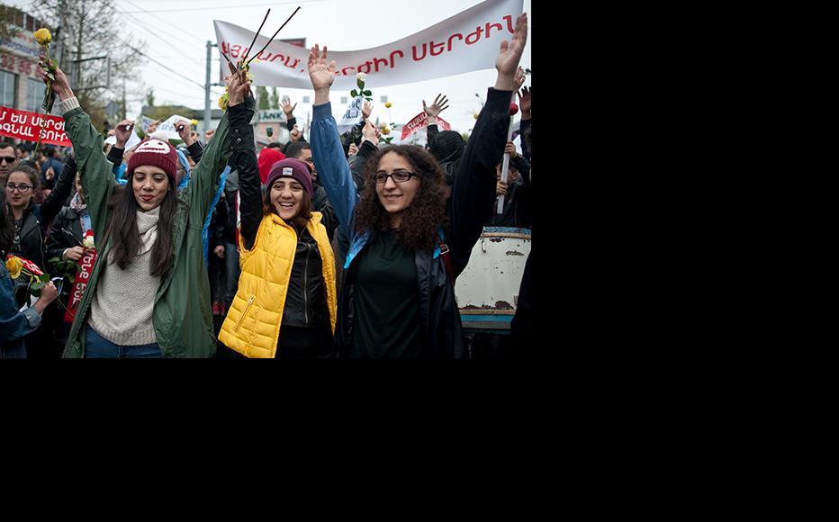 Female protesters in Yerevan. (Photo: Nazik Armenakyan/4plus)