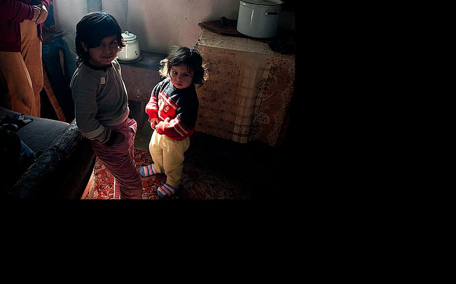 Children from larger families are more likely to grow up in poverty. (Photo: Nazik Armenakyan)
