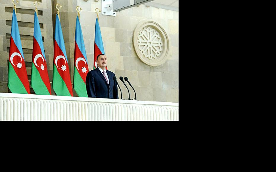 President Aliyev addresses the crowds. (Photo: Official website of the President of the Republic of Azerbaijan)