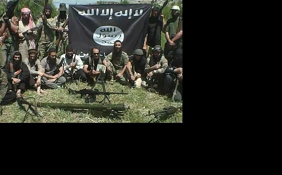 Images that appear to show Azerbaijani fighters in Syria, taken from video on FIsyria.com, a Russian-language jihadi website.