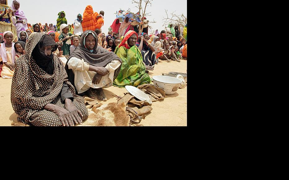 Refugees from Darfur at the Iridimi camp in Chad, 2004. (Photo: UN multimedia)
