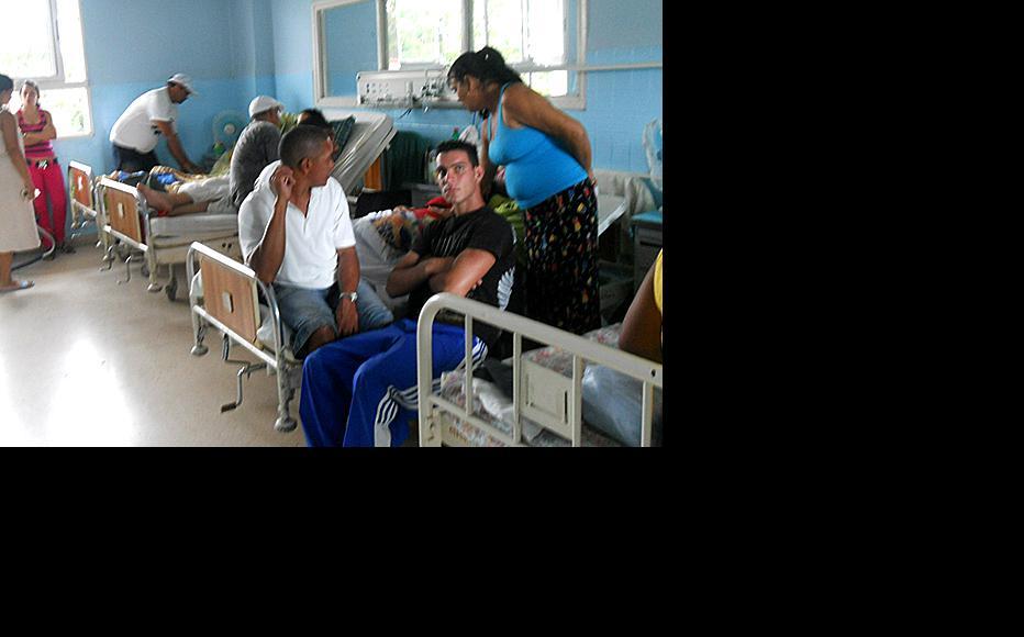 Inside a normal hospital ward. (Photo: Hablemos Press)