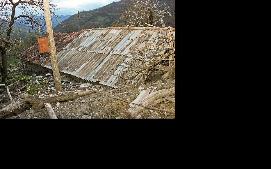 Families who stay in Sharakhevi fear new landslides in a month or two when snow high in the mountains starts melting. (Photo: Giorgi Kupatadze)