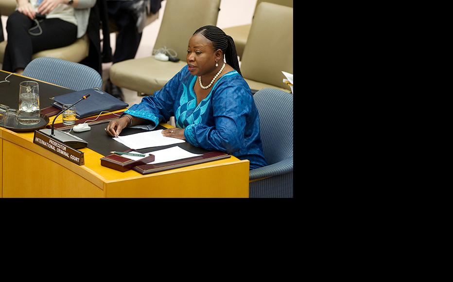Fatou Bensouda, Prosecutor of the International Criminal Court, addresses the Security Council at its meeting on the situation in Libya, November 2012. (Photo: UN Photo/Evan Schneider)