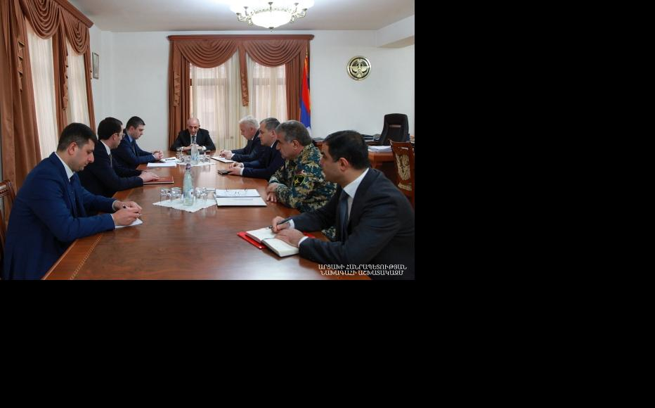Artsakh government meeting held on April 8 with current President Bako Sahakyan on how to prevent the spread of COVID-19. (Photo: Artsakh government website)