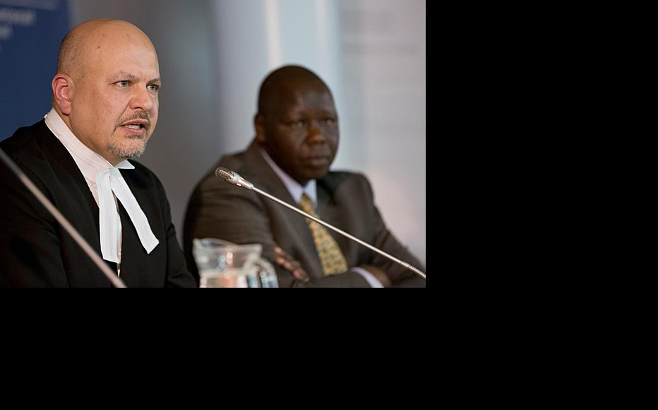 The International Criminal Court Defence Counsel for William Samoei Ruto, Karim Khan, and the Defence Counsel for Joshua Arap Sang, Joseph Kipchumba Kigen-Katwa. Both have been cross-examining a protected witness, who is known only by the reference PO 326. (Photo: ICC-CPI/Flickr)