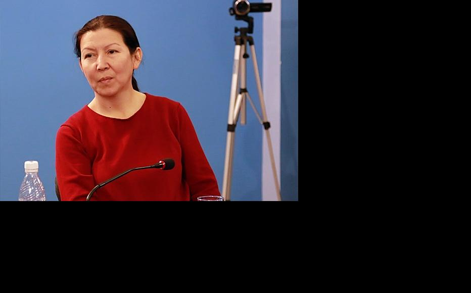 Dinara Oshurakhunova, director of the Coalition for Democracy and Civil Society. (Photo: Vecherny Bishkek)