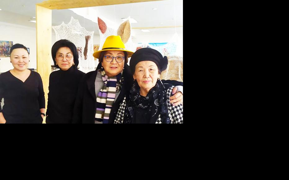 Altyn Kapalova, Mira Dzhangaracheva, Roza Otunbaeva at the Feminnale. (Photo courtesy of 1st Feminnale of Contemporary Art)