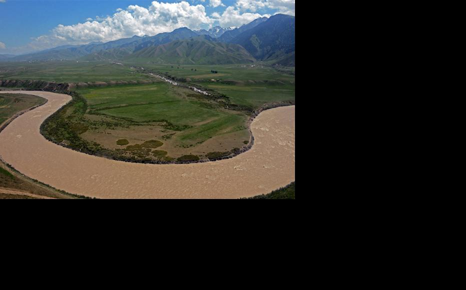 Naryn is one of the largest rivers in Central Asia. (Photo: Press-service of the President of Kyrgyz Republic)