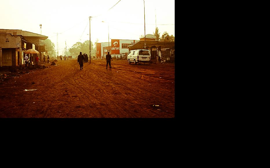 As voters flock to polling stations, the streets are otherwise empty in Goma. (Photo: Mélanie Gouby)