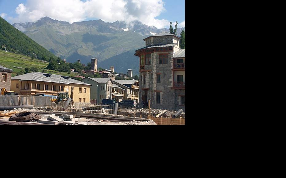 Tourists visiting the town of Mestia will see plenty of building work going on. (Photo: Dato Kvavadze)
