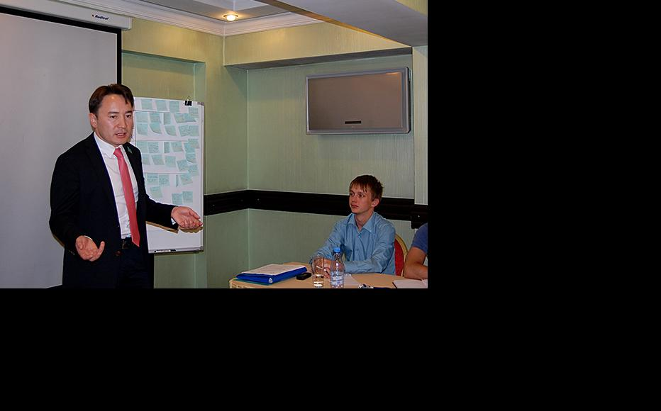 Meyram Begentaev, a member of parliament involved in shaping Kazak government legislation on young people. (Photo: Kazakstan Youth Information Service)