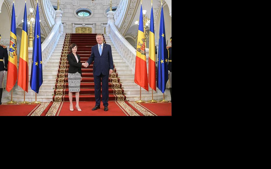 Maia Sandu was received by the Romanian President, Klaus Iohannis, at Cotroceni Palace in Bucharesti, Romania, in November 2019. (Photo courtesy of Maia Sandu's Facebook page)