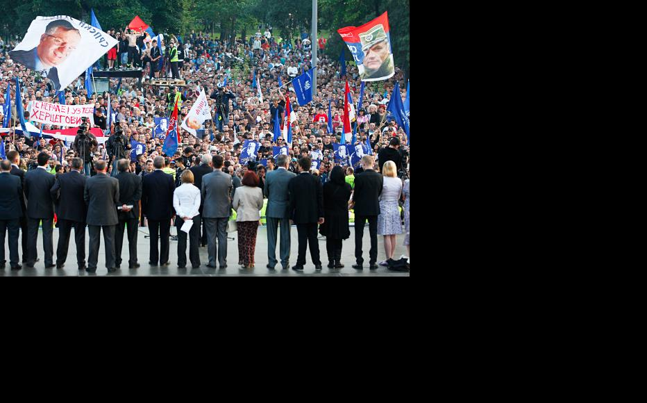 Pro-Mladic rally in Belgrade following his arrest after 16 years on the run. May 29, 2011. (Photo: Srdjan Stevanovic/Getty Images)