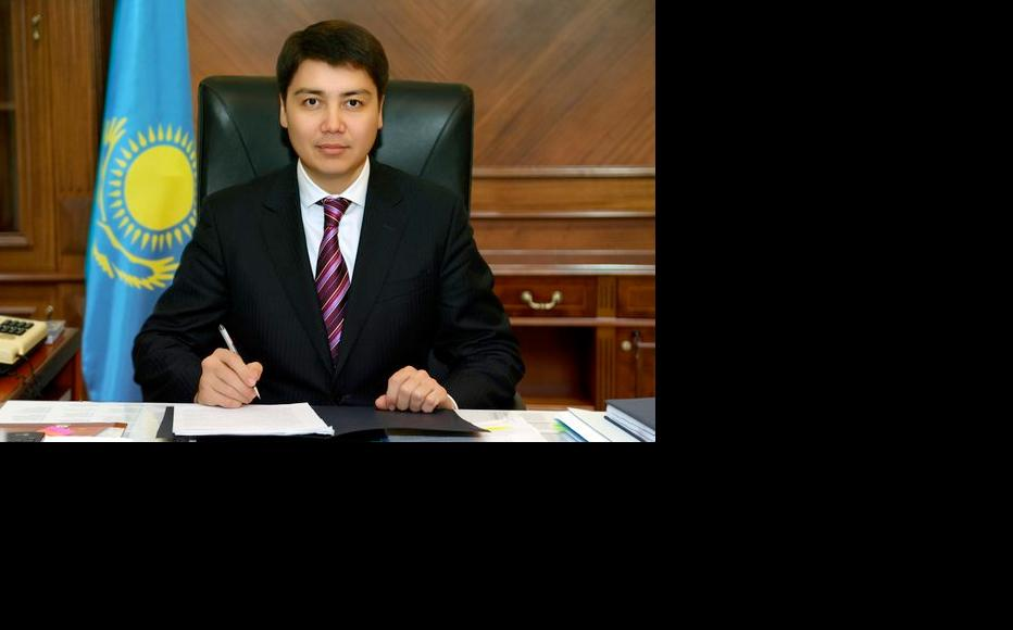 Labour and welfare minister Serik Abdenov, before his removal over the pensions fiasco. (Photo: Kazakstan prime minister's website)