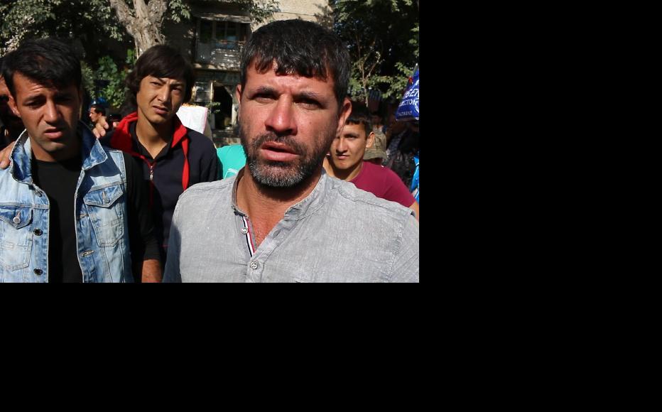 Mardikors (Tajik for hired worker) gather in a market in Dushanbe. (Photo: Nosim Isamov)