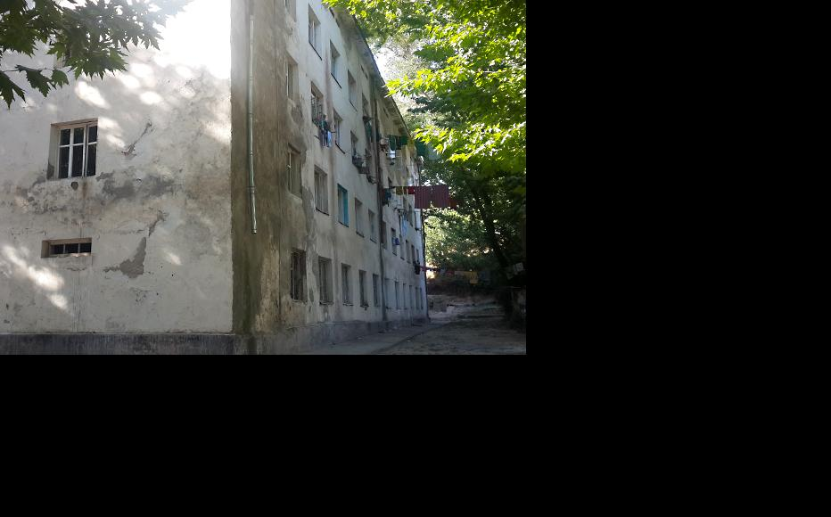 College halls of residence in Dushanbe where Kharlamova used to live. (Photo: Zarina Ergasheva)