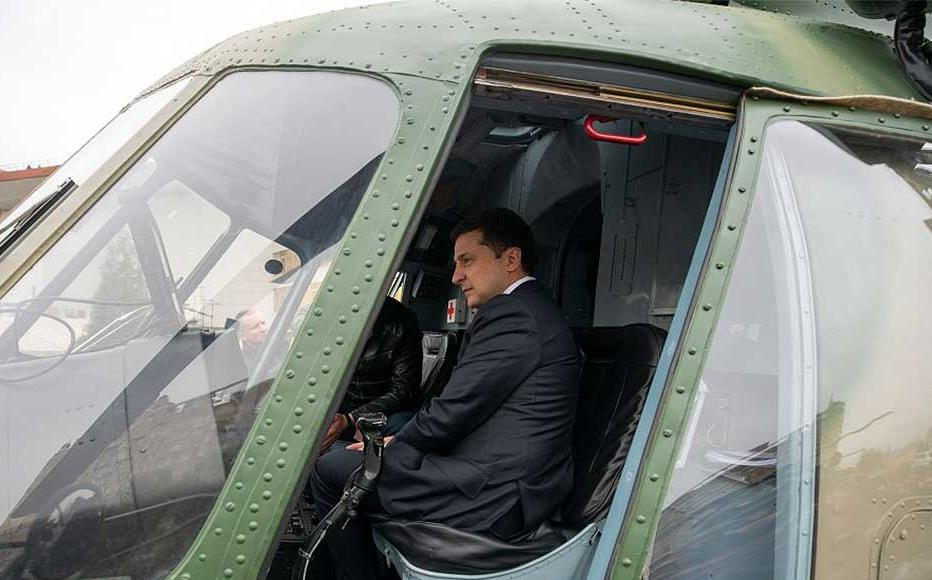 Ukrainian President Volodomyr Zelensky at a weapons exhibition