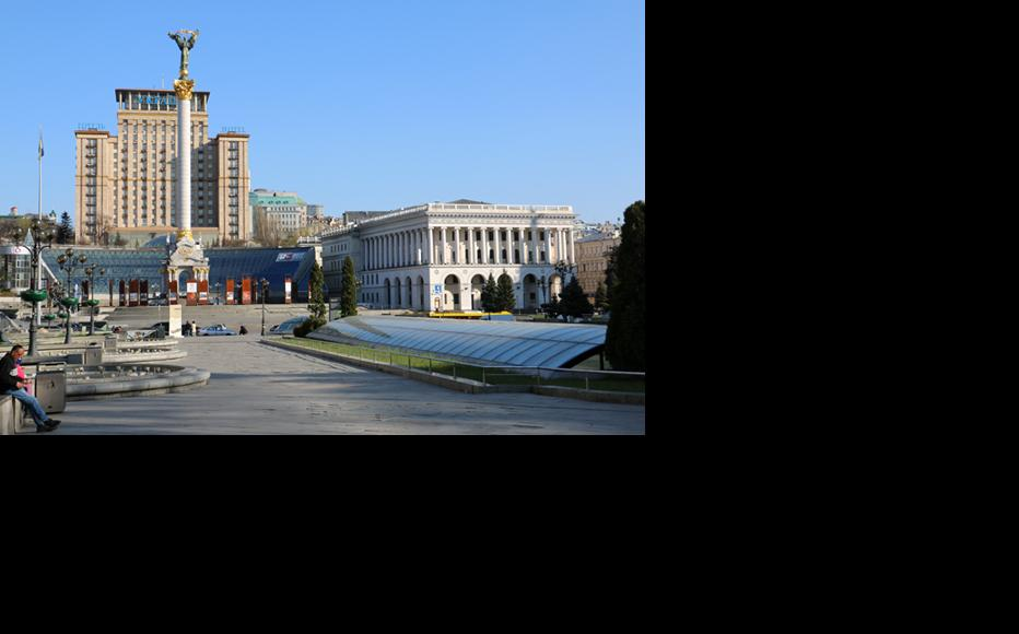 A deserted Independence Square in Kyiv. (Photo: Oleksandr Humeniuk)
