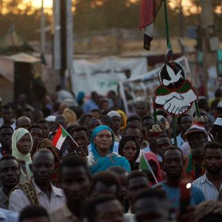 Protesters listen to speeches bout their hopes and plans for the future government on May 03, 2019 in Khartoum, Sudan. Thousands of demonstrators continued their mass sit-in outside military headquarters in Khartoum to call on the country's military rulers to cede control.