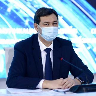 Chief sanitary doctor Yerlan Kiyasov.