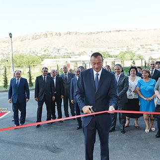 President Ilham Aliyev opens a new purpose-built apartment block for journalists. (Photo: Azerbaijani presidential administration's official website)