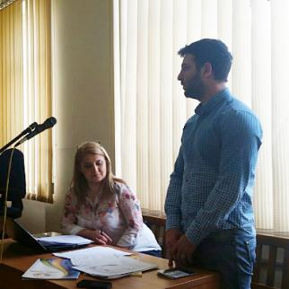 Arman Sahakyan (right) in court with his lawyer Maro Khachaturyan. (Photo: Nor Serund)
