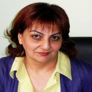 Armine Ohanyan, editor in chief of the Hraparak newspaper, faces a libel claim that would bring the publication down. (Photo: The credit is to Armine Ohanyan