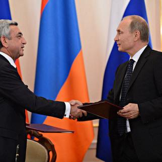 Armenian president Serzh Sargsyan (left) meeting his Russian counterpart Vladimir Putin in May. (Photo: Armenian president's website)