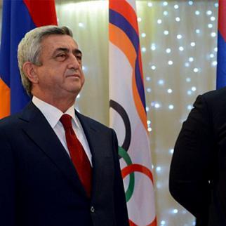Armenian president Serzh Sargsyan (left) and Gagik Tsarukyan. (Photo: Photolur agency)