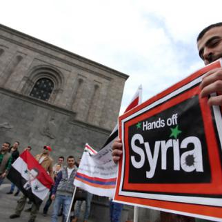A Yerevan rally in support of peace in Syria. (Photo: Photolore Agency)