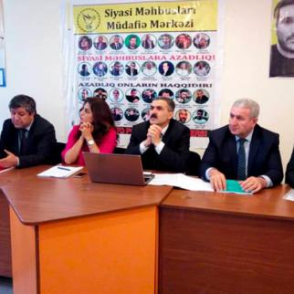 The Centre for Protection of Political Prisoners and the Coordination Centre for the Family of Convicts discuss the current crackdown. (Photo: Ogtay Gulaliyev)