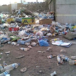 Residents and officials maintain the garbage piling up around Baghdad is both an eyesore and a potential health hazard. (Photo: Daud Salman)